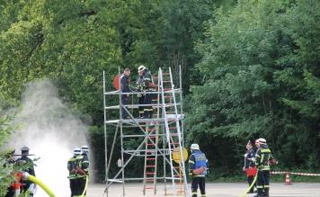 Über 200 Feuerwehrler treten zum LAZ in Obereisenbach an